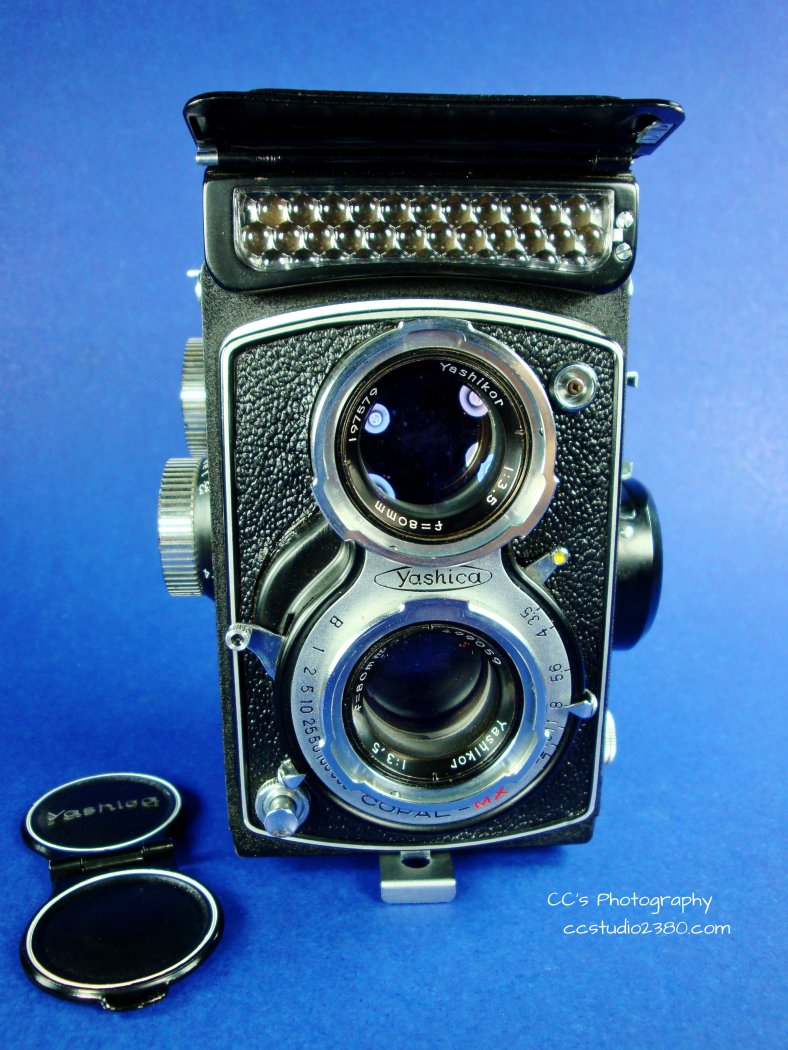 yashica lm first 1 logo