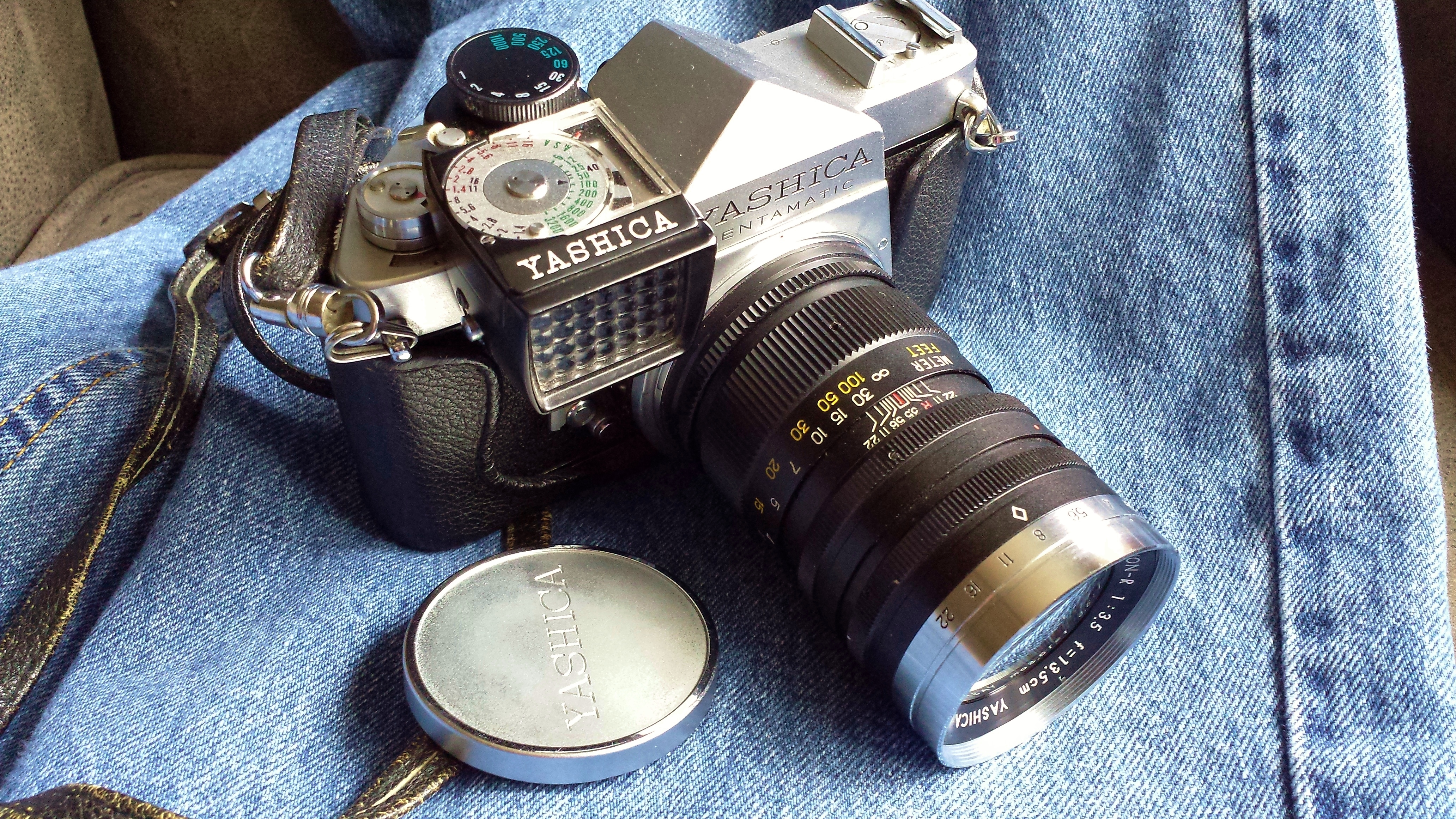 Yashica PS on jeans